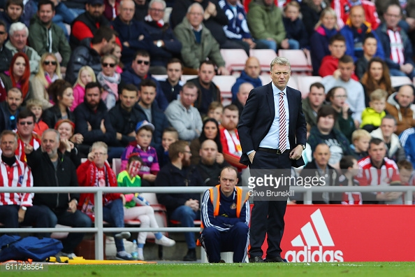 Above: David Moyes on the touchline during Sunderland's 1-1 draw with West Brom | Photo: Getty Images