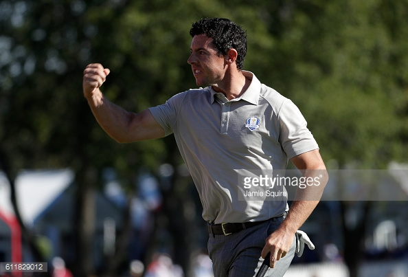 McIlroy was playing his vintage game to establish a sizeable lead (photo:getty)