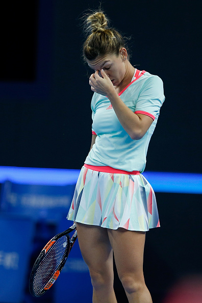Halep struggled throughout the first set | Photo: Etienne Loveau/Getty Images