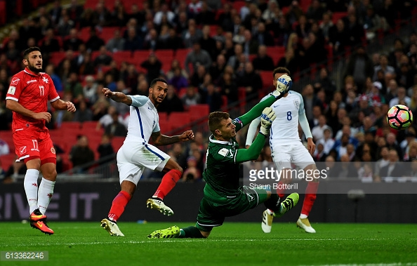 Walcott went close to adding a third for England in the second half | Photo: Shaun Botterill / Getty Images