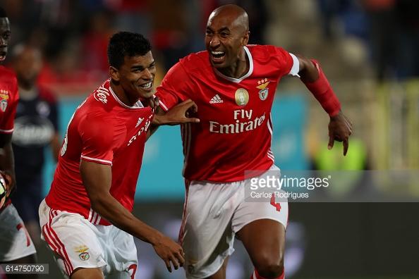 Danilo e Luisão foram os autores dos 2 golos dos encarnados