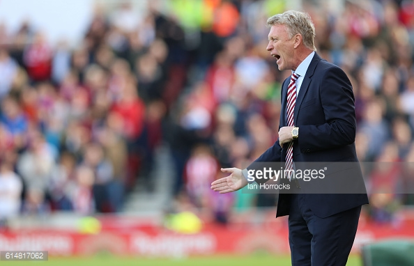 Above: David Moyes on the touchline during Sunderland's 2-0 defeat to Stoke | Photo: Getty Images