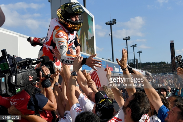 Marquez celebrating after his impressive triumph / Getty Images / Toshifumi Kitamura