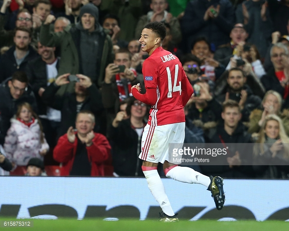 Lingard celebrates scoring United's fourth goal on the night | Photo: Matthew Peters / Getty Images