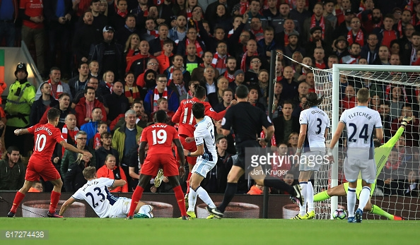 Philippe Coutinho doubles the host's lead (photo:getty)