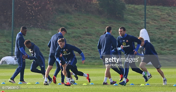 Above: Sunderland AFC players been put through their paces in training | Photo: Getty Images