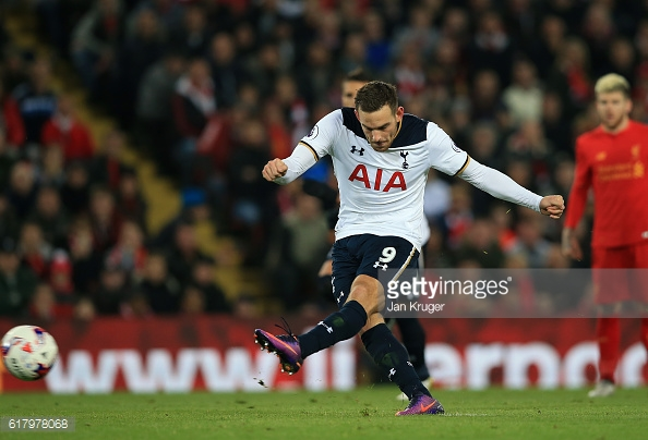 Janssen scored from the penalty spot | Photo: Getty Images