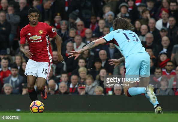 Above: Marcus Rashford in action during Manchester United's 0-0 draw with Burnley | Photo: Getty Images