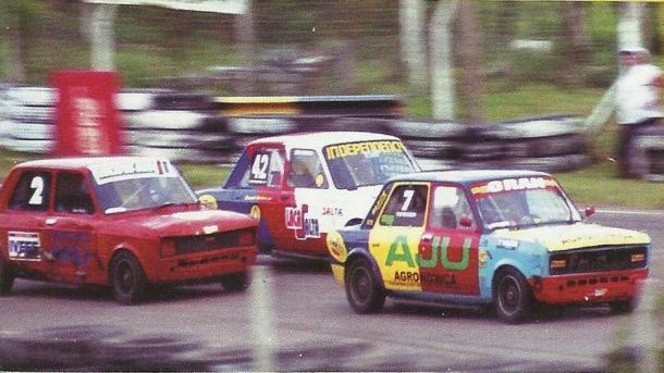 Fiat 128 número 7 con el que compitió  Nicolas en la categoría T.P. 1100, en Salta. Foto: Eduardo Mendez.