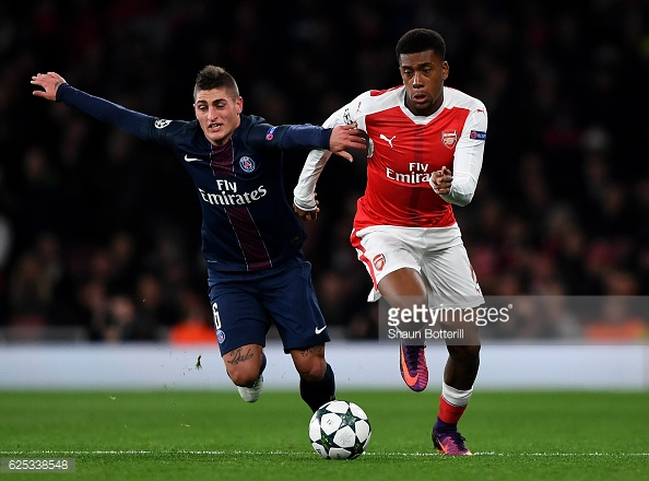 Iwobi fends off Verratti. Photo: Shaun Botterill/Getty