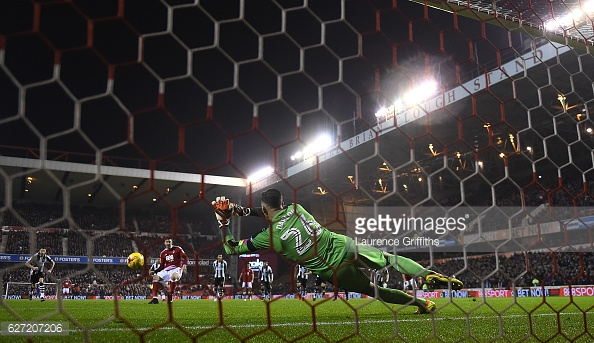 Darlow saved two penalties against former club Forest last season. (picture: Getty Images / Laurence Griffiths)