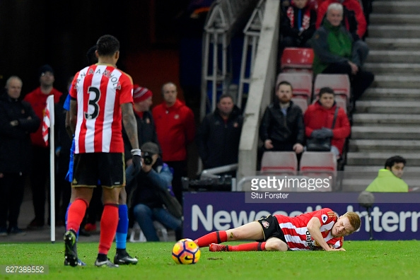 Watmore was unable to continue and fans sensed it was serious. Photo: Getty/