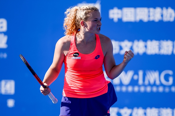 Siniakova completes the upset | Photo: STR/Getty Images