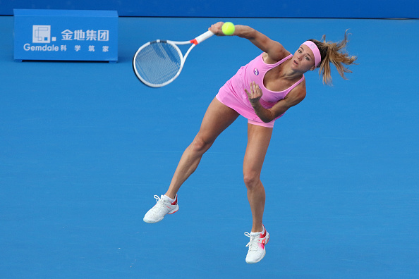 Camila Giorgi serving at the Shenzhen Open earlier in the year | Photo: Zhong Zhi/Getty Images