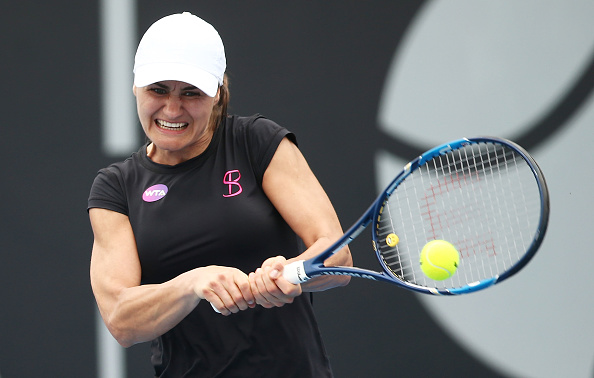 Niculescu is pegged back from a 2-0 lead | Photo: Mark Metcalfe/Getty Images