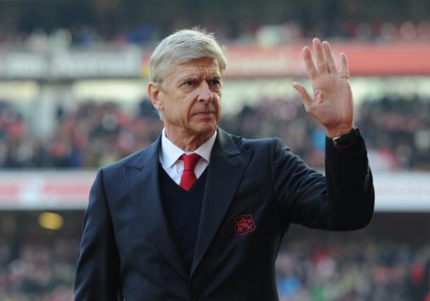 Arsène Wenger ha firmato un biennale a inizio giugno. E' all'Arsenal dal 1995.   Fonte immagine: Metro