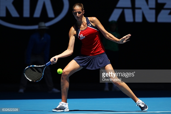Pliskova hits a forehand during her quarterfinal match in Melbourne/Photo: Clvie Brunskill/Getty Images