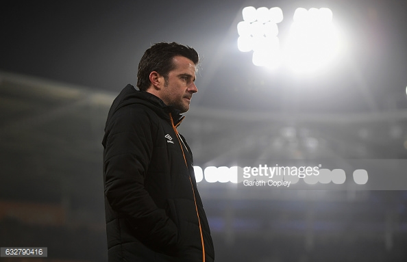 Silva looks on during a recent game (photo: Getty Images)