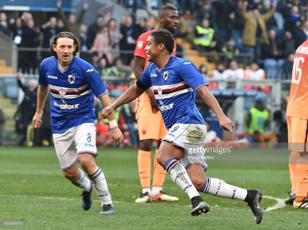 Luis Muriel anotando el tres a dos para la Sampdoria en Enero de 2017