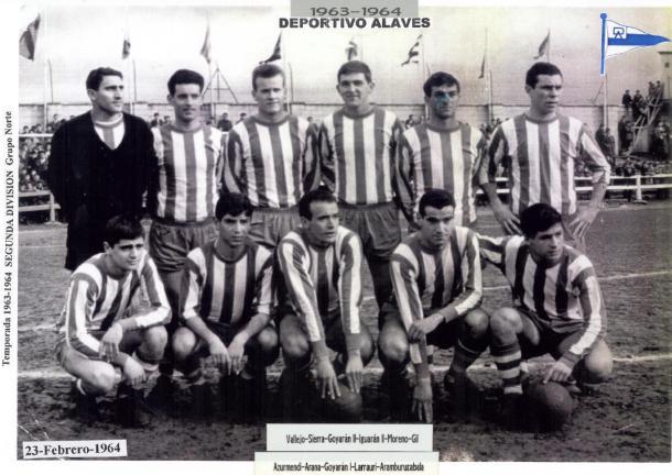 Equipo del Deportivo Alavés, en la temporada 1963-64. Fuente: glorioso.net