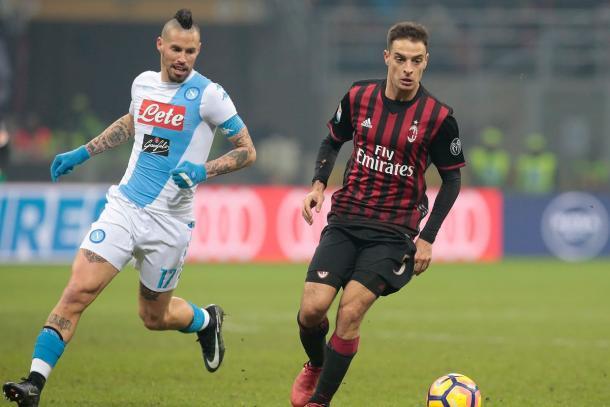Hamsik busca el balón en la última victoria napolitana en San Paolo // Fuente: Napoli