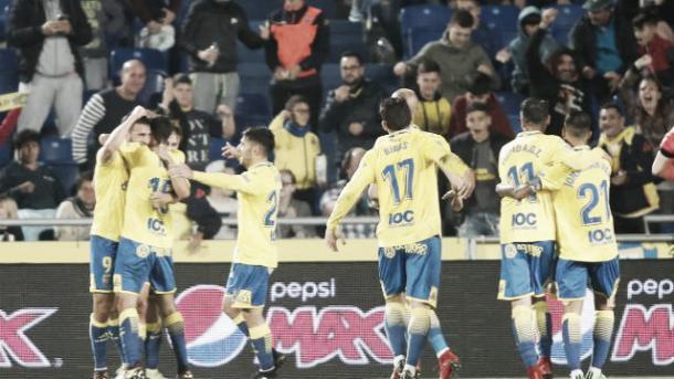 Jogadores comemoram o gol de Calleri | Foto: Divulgação/Las Palmas
