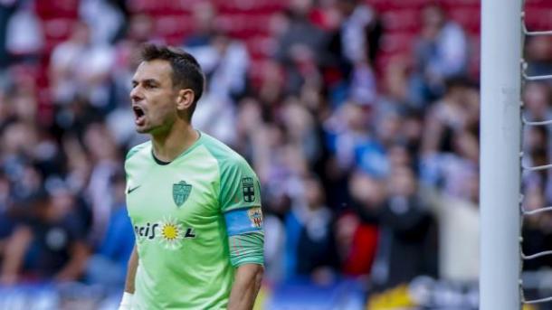 René arengando al equipo | Fuente: La Liga