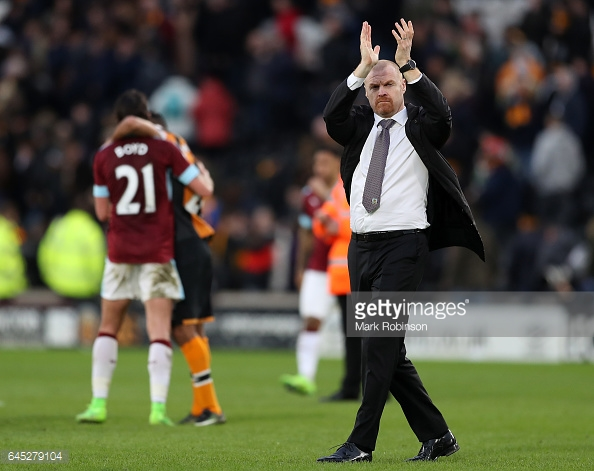 Dyche applauds the travelling Burnley supporters at the conclusion of the Clarets' draw at Hull/Photo: Mark Robinson/Getty Images