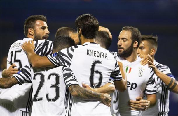 Juventus in festa a Zagabria.