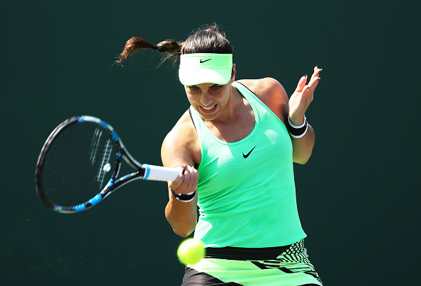 Konjuh comes from behind to clinch the first set | Photo: Al Bello/Getty Images Sport
