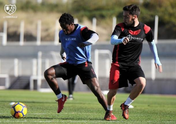 Jean Jules entrenando junto a Unai López. Fotografía: Rayo Vallecano S.A.D.