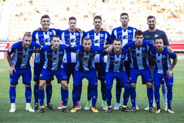 Equipo del Deportivo Alavés, en la temporada 2017-18. Fuente: deportivoalavés.com