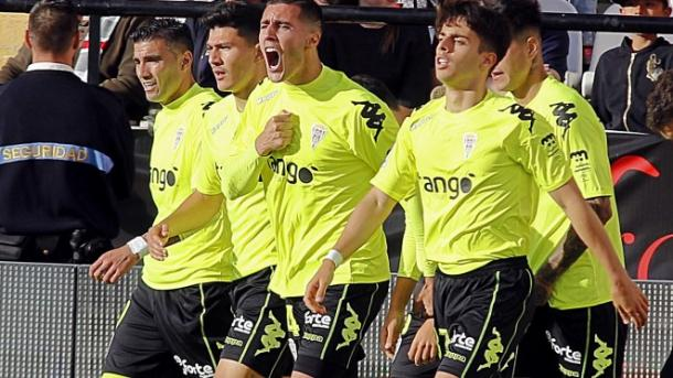 Jugadores del Córdoba CF en el partido contra el Rayo Vallecano | Fuente: Córdoba CF