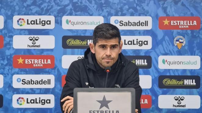 Antonio Hidalgo en rueda de prensa./ Foto: CE Sabadell