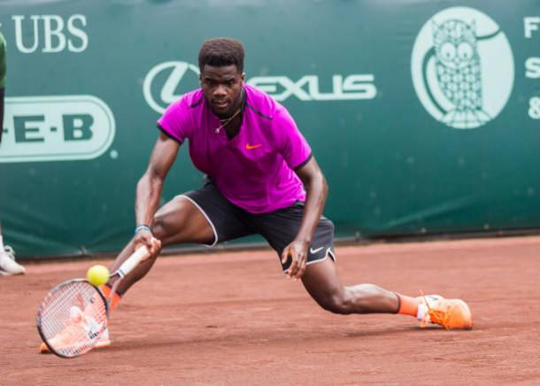 Frances Tiafoe (USA) returns the hard shot during the U.S. Men's Clay Court Championships on April 12, 2017 at River Oaks Country Club in Houston, Texas. (Photo by Leslie Plaza Johnson/Icon Sportswire via Getty Images)