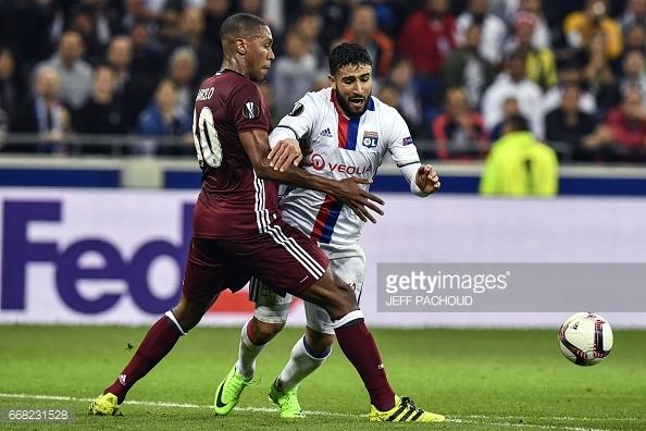 O jogo entre franceses e turcos ficou marcado pelas piores razões