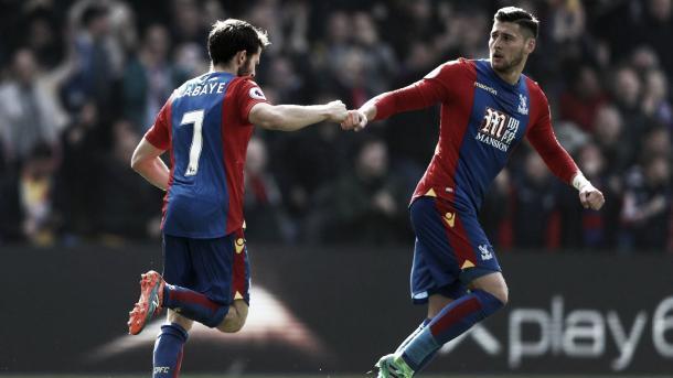 Cabaye celebra el 2-1, punto de inflexión para el Crystal Palace | Foto: Premier League