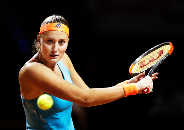 Mladenovic mounts a fight back | Photo: Adam Pretty/Bongarts/Getty Images