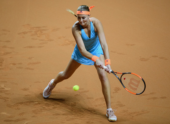 Mladenovic builds up a good lead in the first set | Photo: Matthias Hangst/Getty Images
