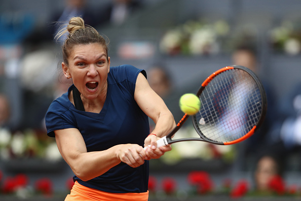 Halep takes the lead in the decider | Photo: Julian Finney/Getty Images