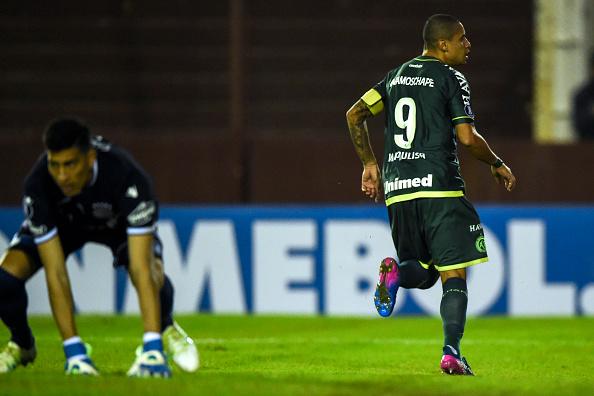 Chape escala Luiz Otávio mesmo depois de alerta da Conmebol
