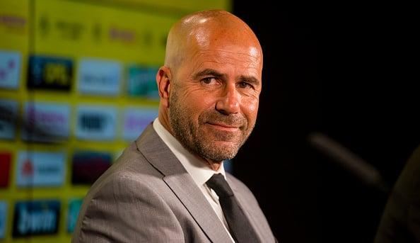 Oficial: Bosz é o novo treinador do Dortmund