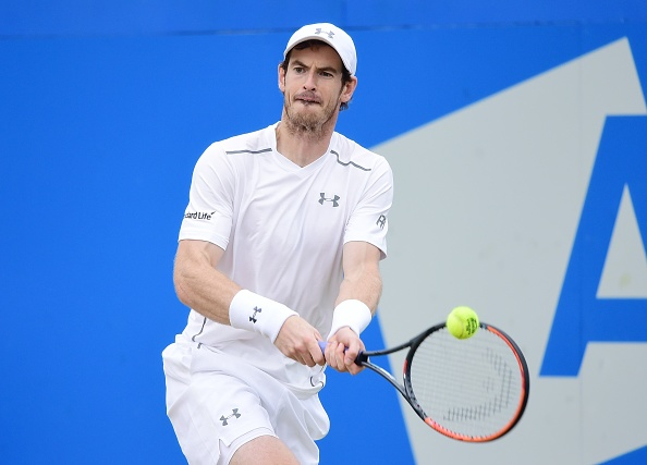 Andy Murray plays a return (Photo: Anadolu Agency)