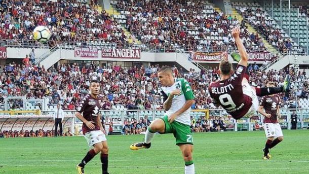 La rovesciata di Belotti per l'1-0   ansa.it