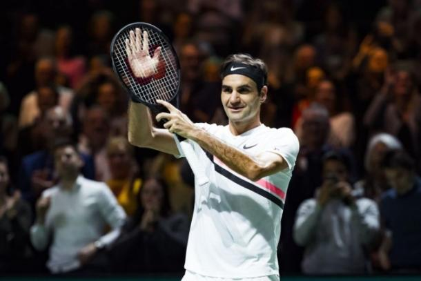 Roger Federer waves to the crowd during his dream run in Rotterdam. Photo: Koen Suyk/AFP/Getty Images
