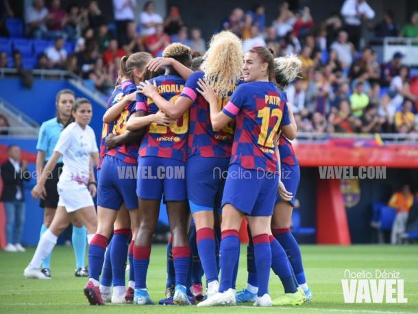 Las jugadoras del FC Barcelona celebrando el 1-0 de Marta Torrejón ante el Logroño | Foto: Noelia Déniz (VAVEL)
