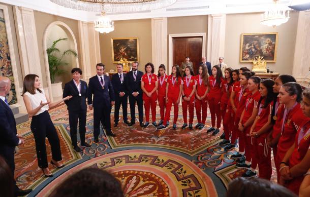 Reina Letizia apoya a la Selección femenil Sub-17 por su triunfo