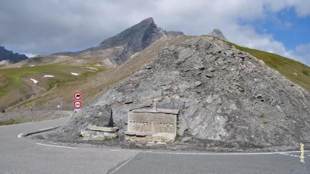 En la cima se encuentra la frontera entre Francia e Italia | Foto: Jean Claude G.