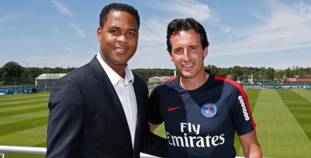 Kluivert, novo diretor de futebol do PSG, foi um dos responsáveis pela contratação da goleira holandesa. (FOTO: psg.fr)