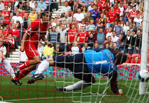 Julio Arca watches as his header squeezes past Craig Gordon, levelling the scores for Middlesbrough against his former club. (Photo: Clive Rose/Getty Images)